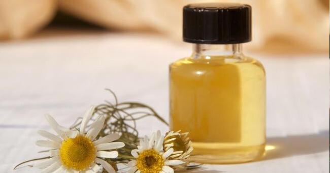 Gli oli essenziali contro l'insonnia