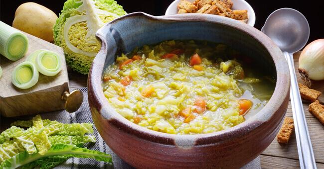 Zuppa di cavolo, la miglior cura dopo i cenoni