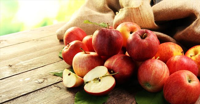 Tutto sulla mela rossa: scopri perché fa così bene