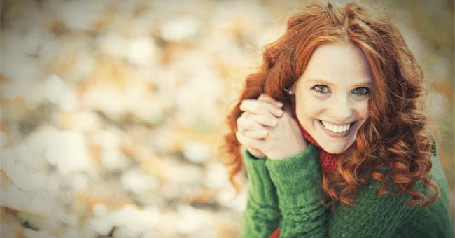 Via lo stress con una risata: il cervello ringrazierà