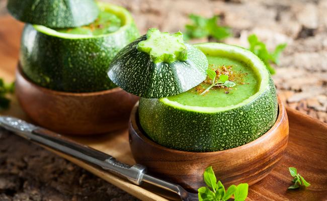 La vellutata estiva di zucchine ti aiuta a dimagrire