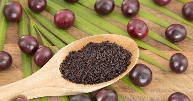 Bacche di açai: ricche di antossidanti, vitamine e grassi buoni