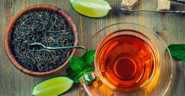 Il tè nero libera le arterie da colesterolo e trigliceridi