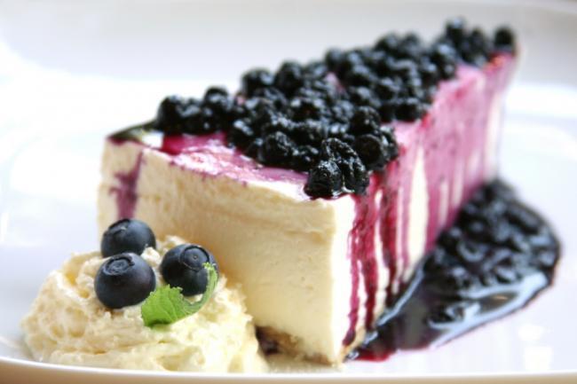 Cheesecake ai mirtilli: una ricetta che dà subito energia