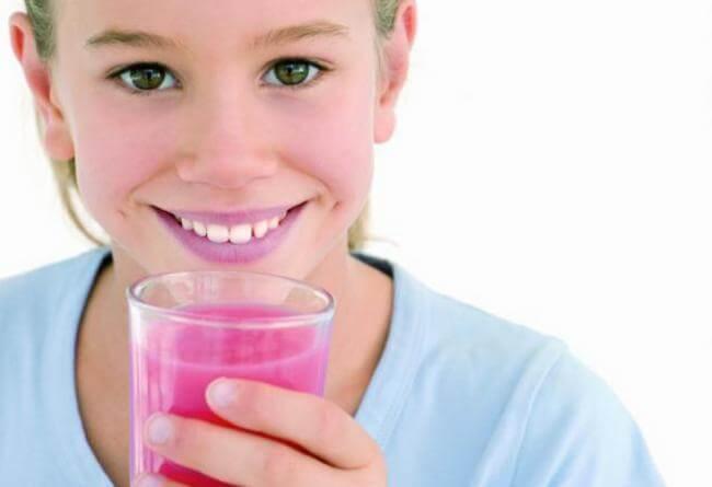 """Fai """"bere"""" frutta ai bambini: nutre, sazia e non ingrassa"""