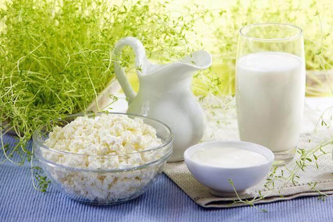 Intolleranza al latte: cos'è e come scegliere i giusti alimenti sostitutivi