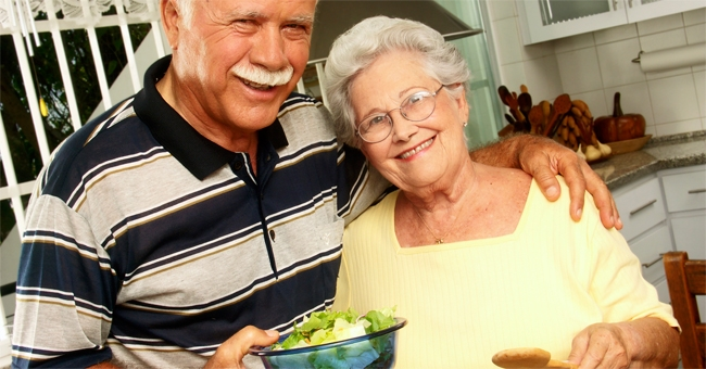 La dieta Mediterranea in soccorso degli anziani