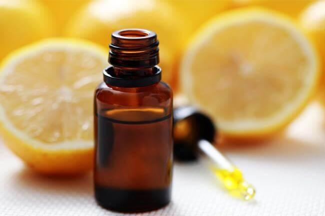 La vitamina C in soccorso di pelle e capelli
