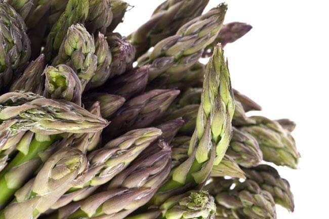 Le virtù sconosciute degli asparagi