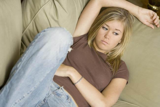 Mia figlia adolescente si è chiusa in se stessa. Che fare?