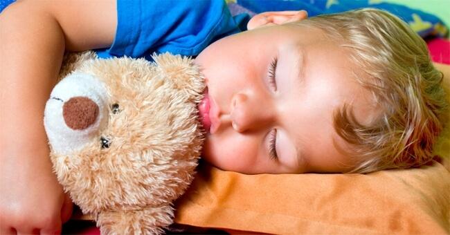 Per farli dormire bene prova l'omeopatia
