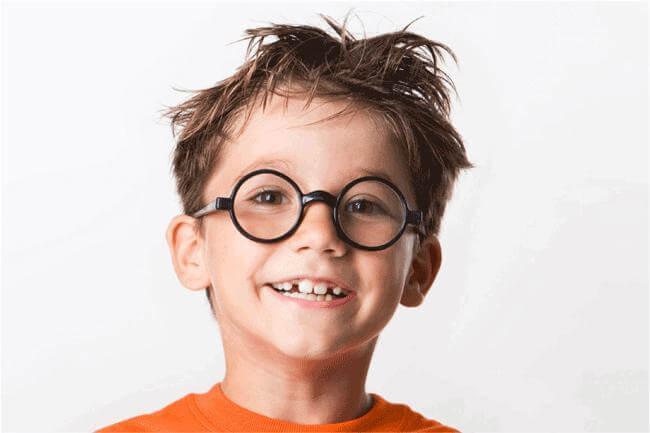 Quando i bambini devono mettere gli occhiali riza.it