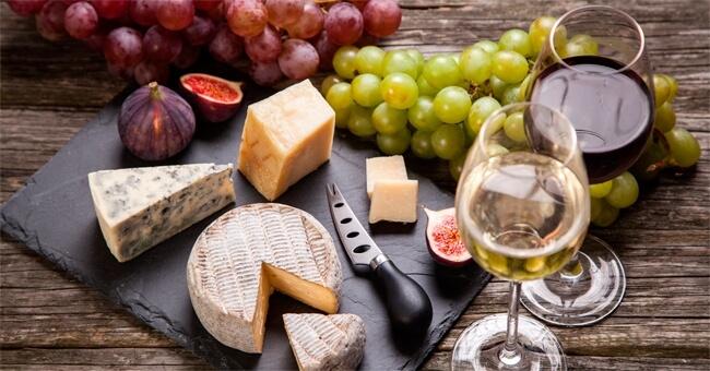 Sì al formaggio stagionato, alza il colesterolo buono