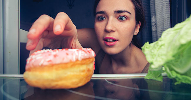 Spegni la fame nervosa con i rimedi naturali