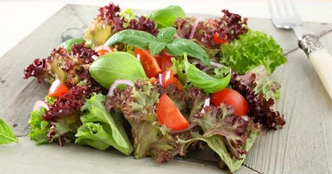 Via acidità e gonfiore con la dieta giusta