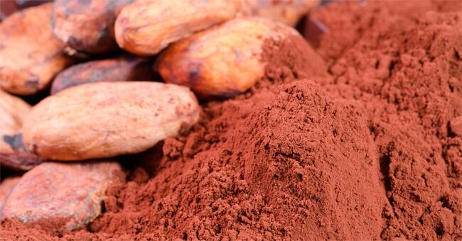 Via la voglia di dolce con le fave di cacao