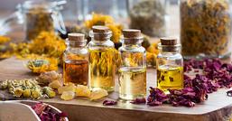 Dermatite: combattila con le erbe e gli oli giusti