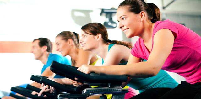 Spinning, perder peso pedalando