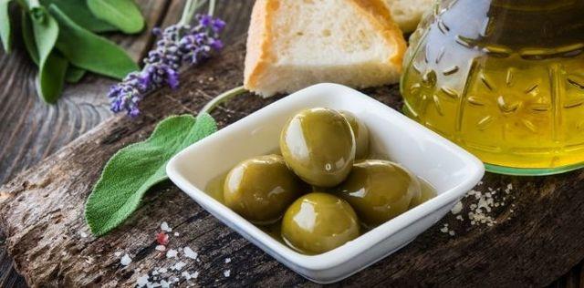 Le mille proprietà dell'olio extravergine di oliva